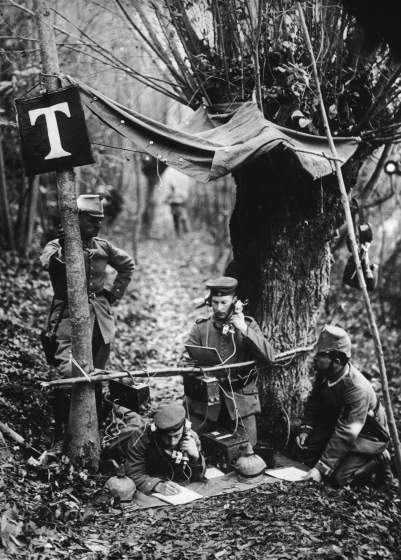 A German field telephone station in the Aisne department of northern France during World War I, circa 1916. (Photo by Paul Thompson/FPG/Hulton Archive/Getty Images)